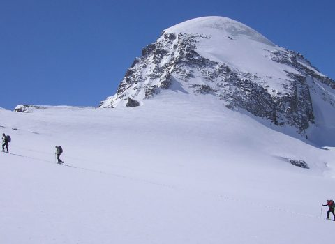 Ski mountaineering: technical level 5