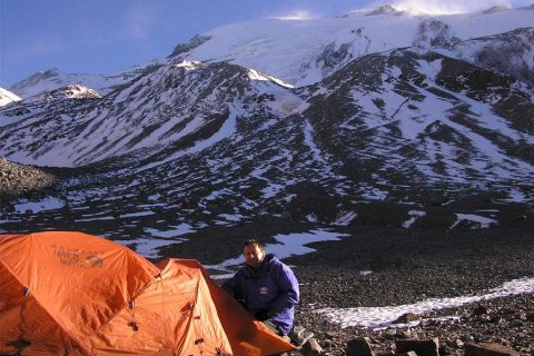 Mountaineering: outside off the Alps