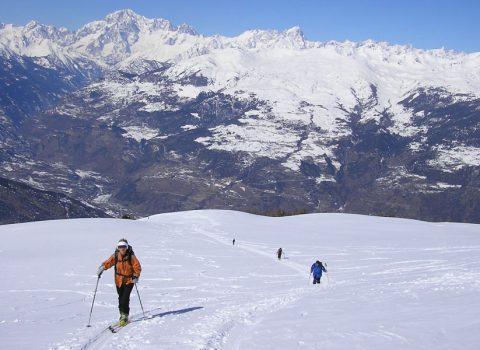 Ski mountaineering in the European Alps: technical level 3