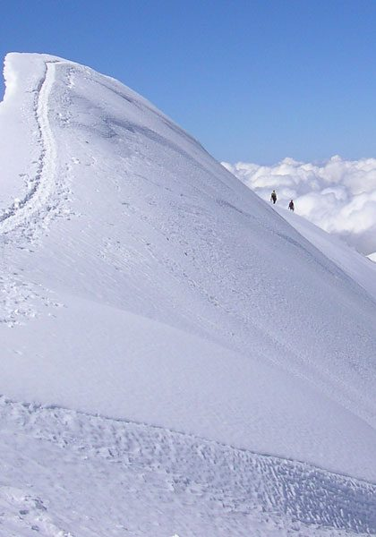 Mountaineering in the European Alps: Technical level 3
